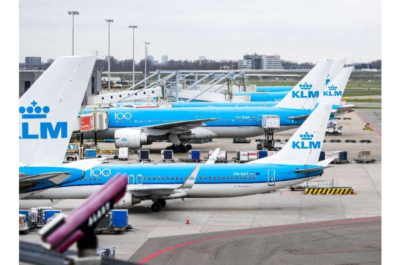 The Dutch government said it was ready to sign off on a 3.4-billion-euro ($3.9-billion) state aid injection for KLM after pilots