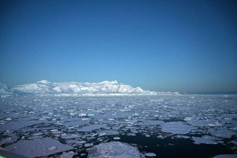 The gigantic ice caps contain enough frozen water to lift oceans 65 metres