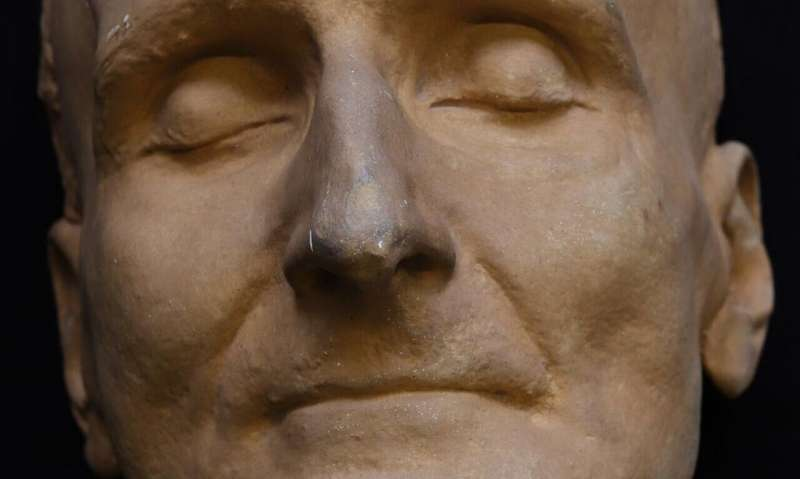 The journey of a death mask of German playwright Frank Wedekind