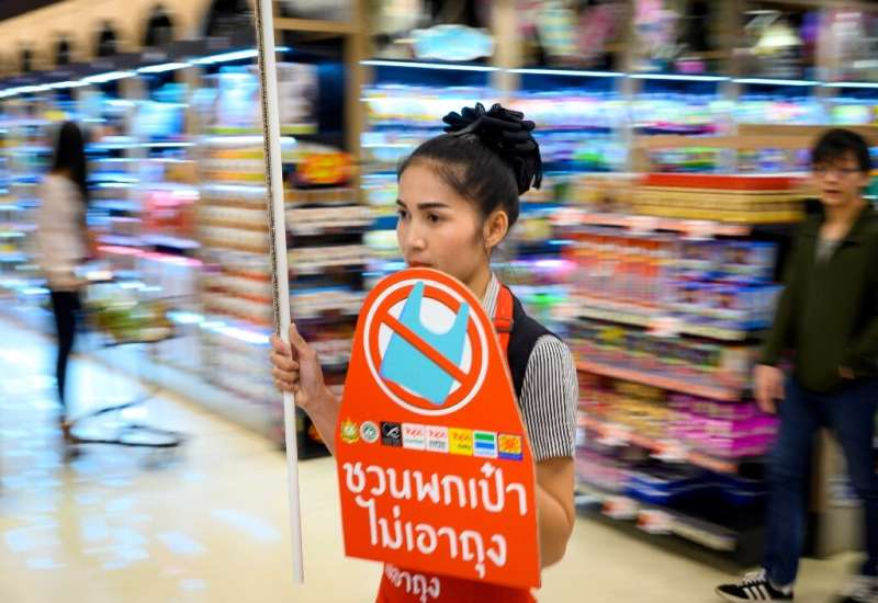 The move by major retailers in Thailand will see customers instead paying a small fee for a reusable bag made of a cloth-like fa