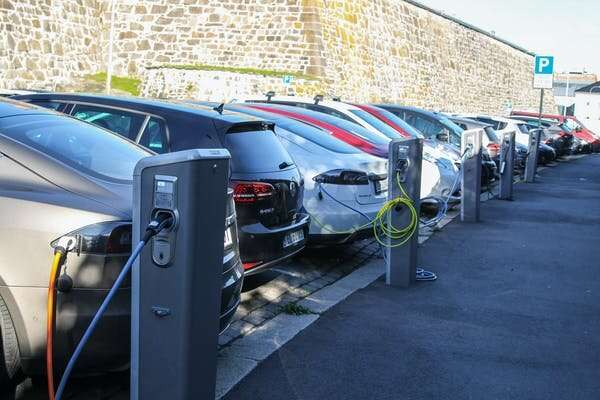 The myth of electric cars: Why we also need to focus on buses and trains