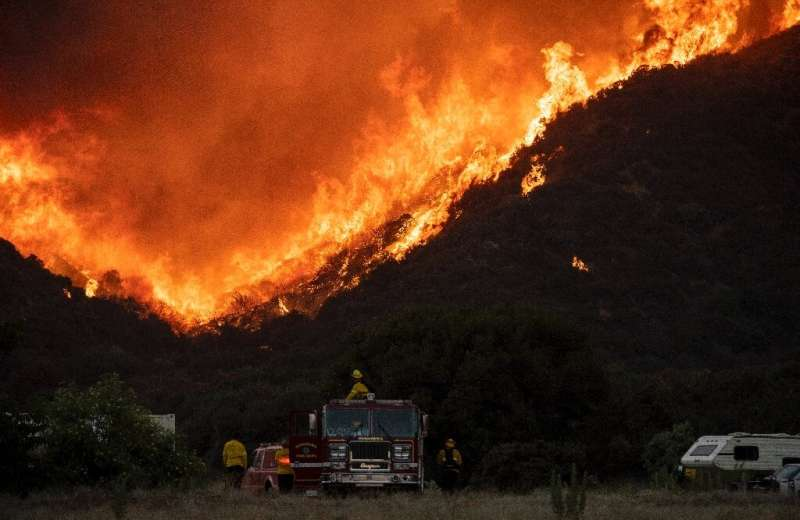 The so-called Apple Fire has charred more than 20,000 acres (8,000 hectares) near San Bernardino, California