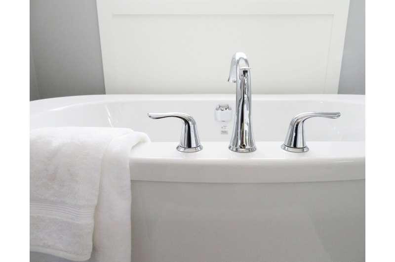 tub bathing