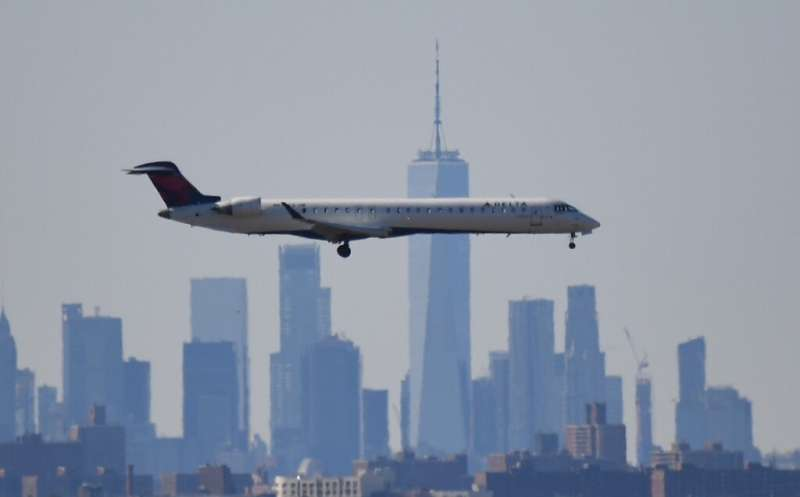 US airlines will see the federal government become a minority shareholder under terms of an agreement with the Treasury, a sourc