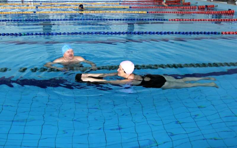 Water exercises as effective as gym workouts for preventing cardiovascular disease – new research