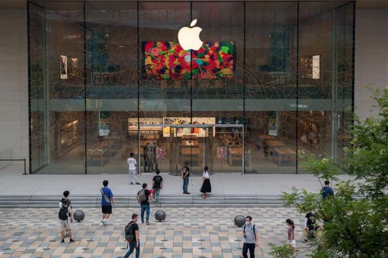 While a sluggish smartphone market has impacted Apple, the tech giant has built an ecosystem of gadgets and services that have a