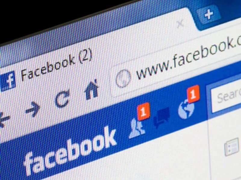 Why anti-vaxxers often win out on facebook