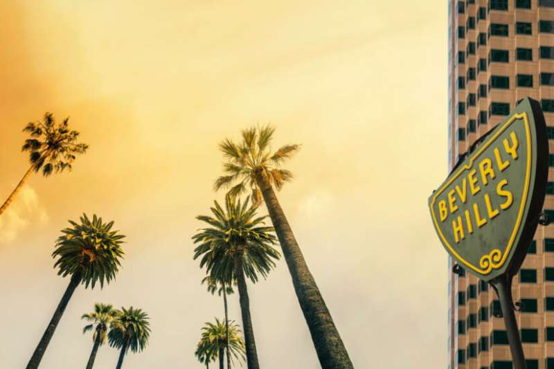 Why do wealthy areas of L.A. have high rates of coronavirus cases?