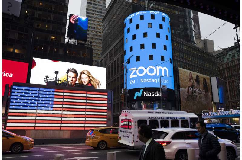 Zoom reports big 3Q gains, but slowing growth sinks stock