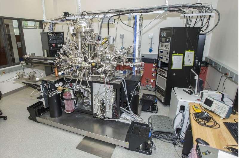 Penyetelan permukaan elektroda untuk mengoptimalkan produksi bahan bakar surya