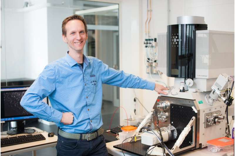 Clever Delft trick enables 20 times faster imaging with electron microscopy