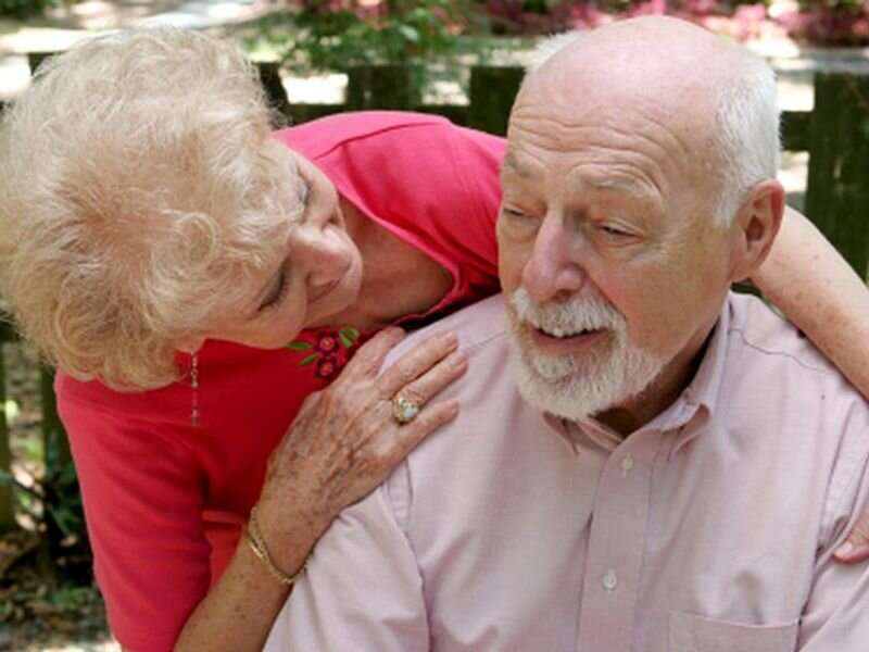 COVID vaccine advised for alzheimer's patients, their caregivers