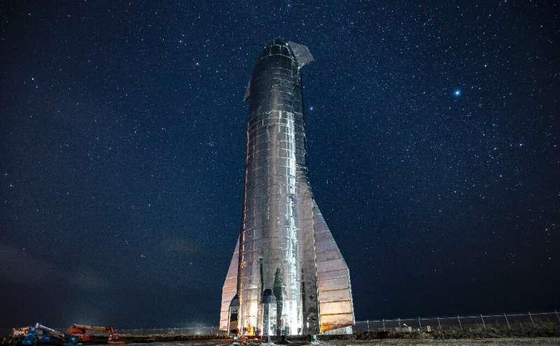 NASA chooses SpaceX to take humans back to Moon 1-foritsmoonla