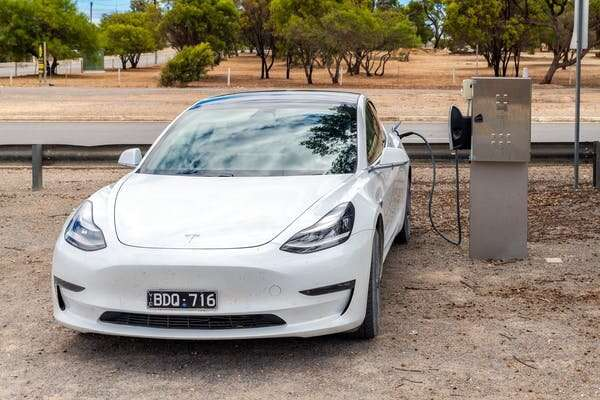 On an electric car road trip around NSW, we found range anxiety (and the need for more chargers) is real