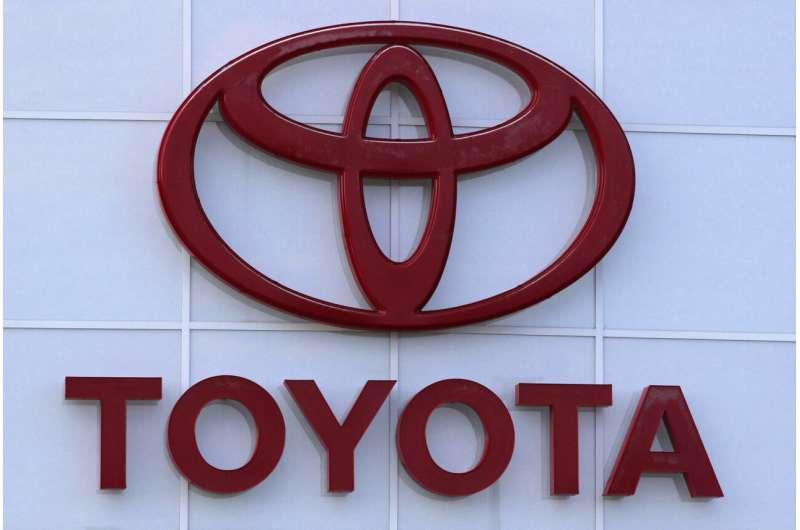 Toyota recalls Venza SUVs to fix air bag wiring problem