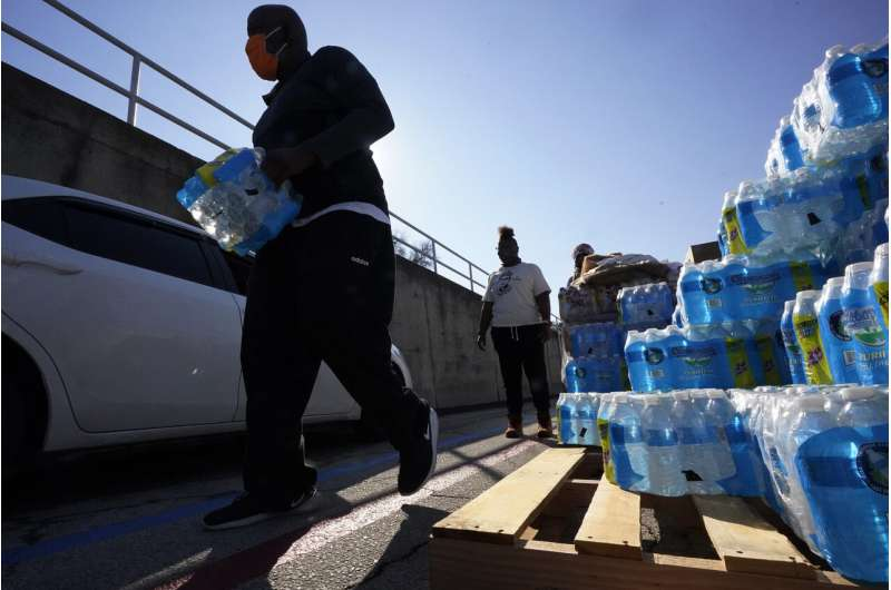 Southern cities hit hard by storms face new crisis: No water