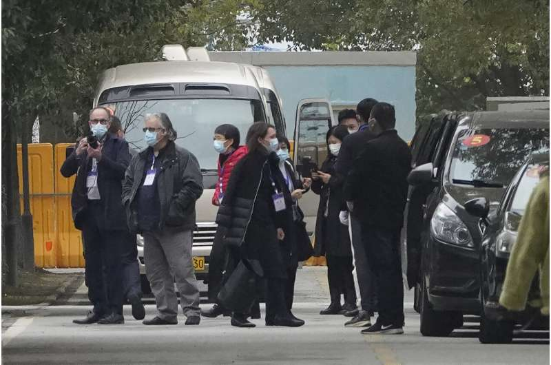 WHO team visits 2nd Wuhan hospital in virus investigation thumbnail