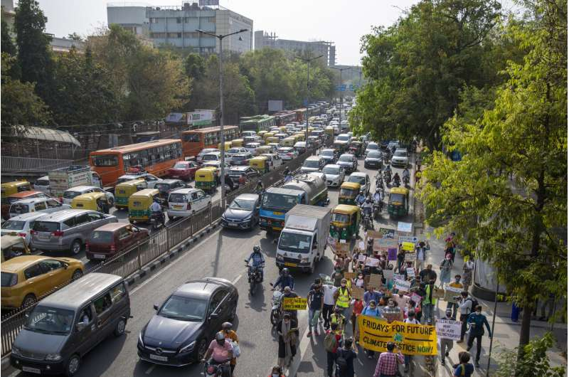 Kendaraan listrik India menghadapi rintangan teknis dan praktis