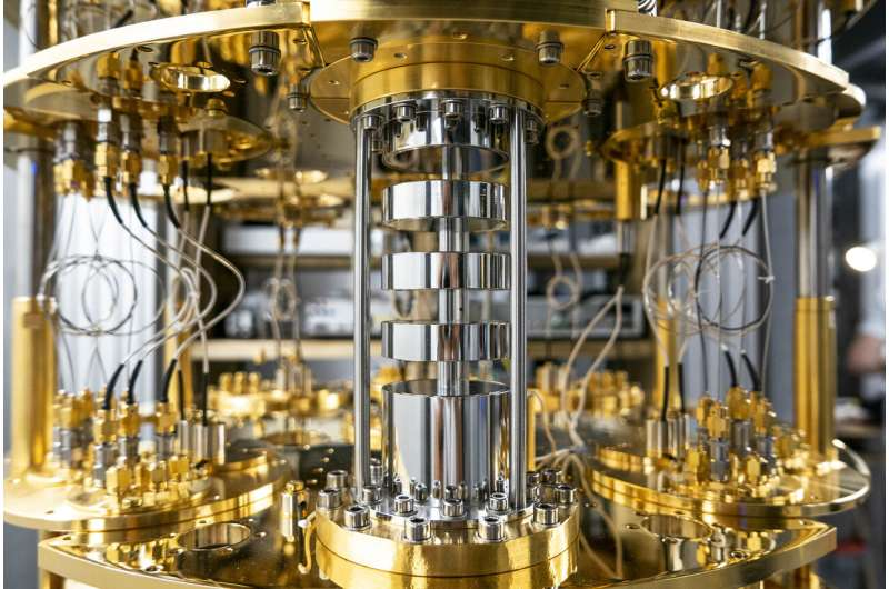 Study shows promise of quantum computing using factory-made silicon chips