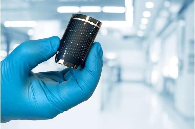 21.4% record efficiency for flexible CIGS solar cells