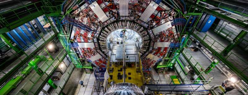 Searching for elusive supersymmetric particles
