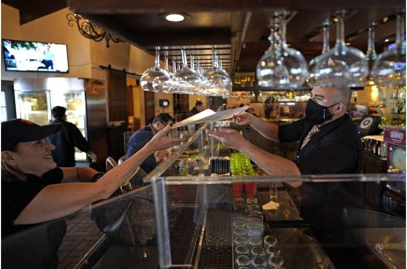 Stripe continues cash haul, now valued at $95 billion