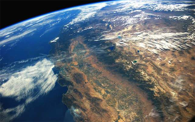 """Scientists map """"Pulse"""" of groundwater flow through California's Central Valley"""