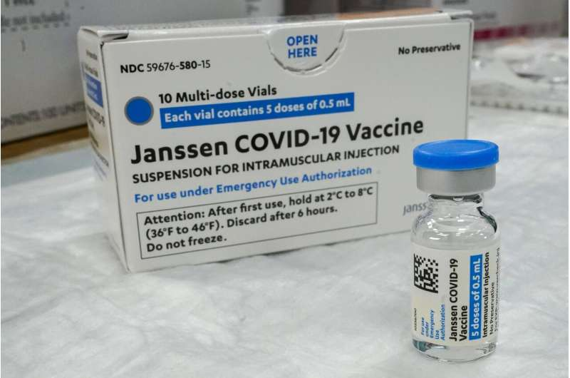 US recommends 'pause' for J&J vaccine over clot reports