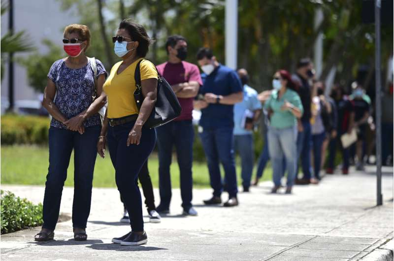 Puerto Rico vaccinates thousands in 15-hour mass event