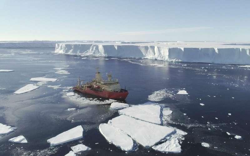 Exploration of ocean currents beneath the 'Doomsday Glacier'