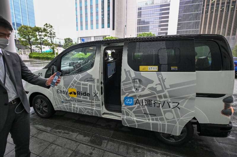 A number of Japanese automakers are testing autonomous car technologies