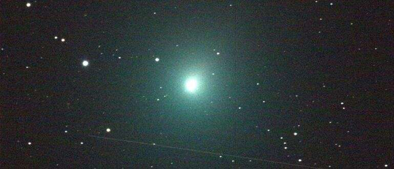 Abnormally high alcohol and mystery heat source detected on comet wirtanen