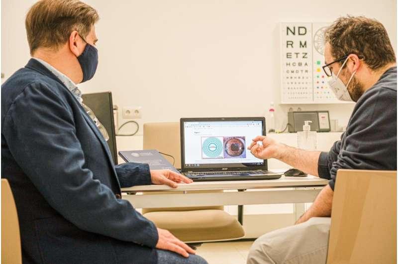 Against presbyopia