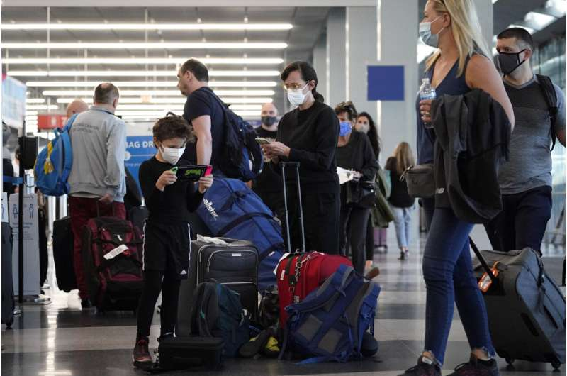 Air question   hits different  pandemic high, formation  delays grow