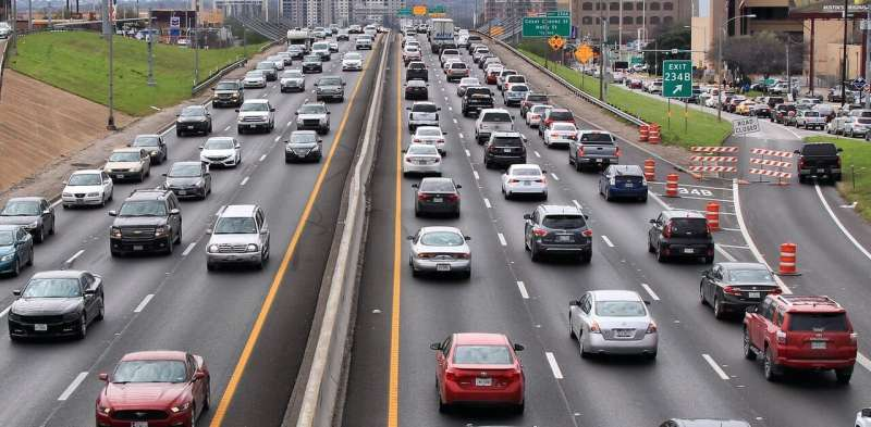 Air filters can scrub out pollutants near highways, reduce blood pressure