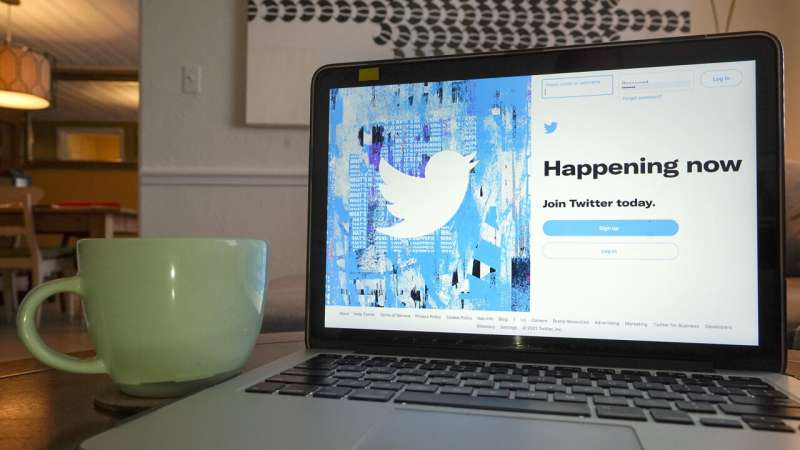 AP, Reuters to assistance   Twitter elevate much  credible info