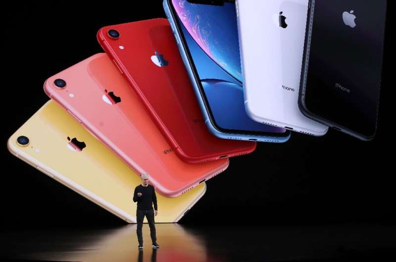 Apple, yang CEO-nya Tim Cook terlihat pada 2019, berpendapat bahwa komisi untuk App Store-nya adalah kompensasi yang adil untuk menyediakan waktu sebentar