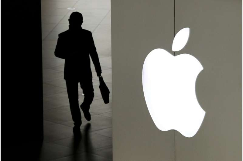 Apple CEO lambasts tech rivals ahead of privacy update