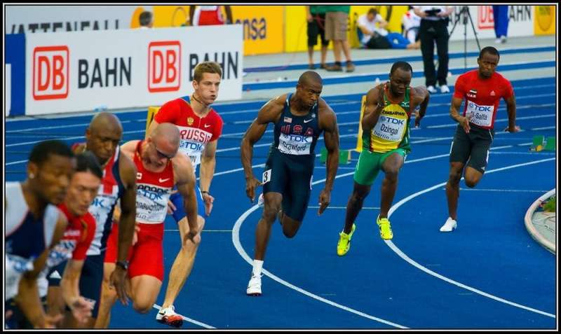 Are middle lanes fastest in track and field? Data from 8,000 racers shows not so much
