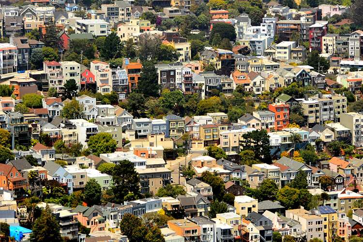 Are renters — and the U.S. economy — hurtling toward an 'eviction cliff'?