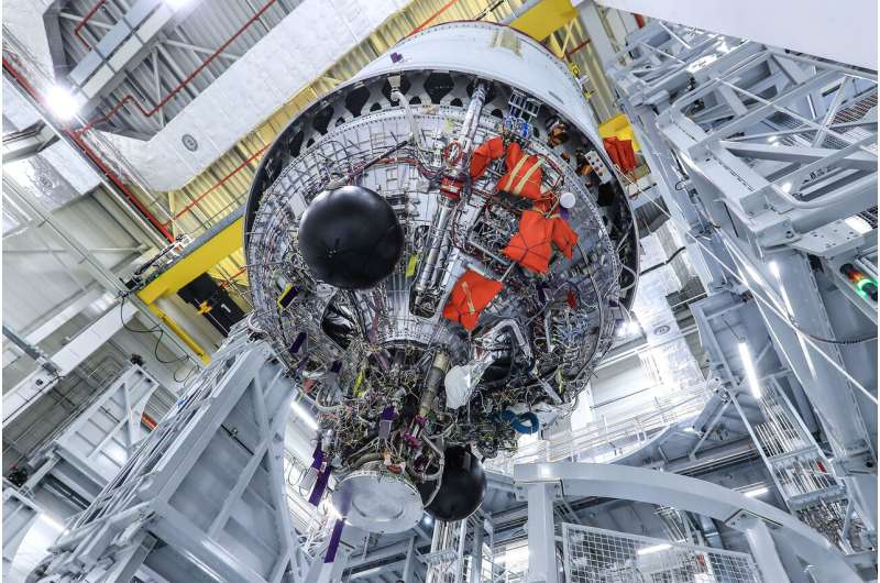 Ariane 6 upper stage heads for hot-firing tests