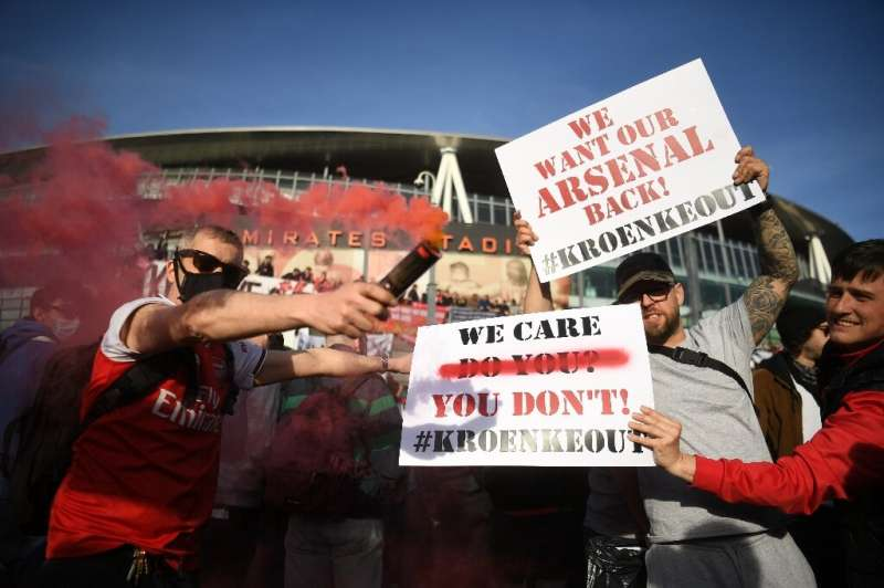 Arsenal's US owner Stan Kroenke has no intention of selling the club despite fan protests