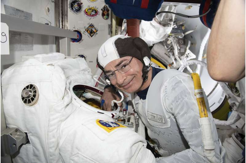 Astronaut: Spacewalk postponed due to pinched nerve in neck