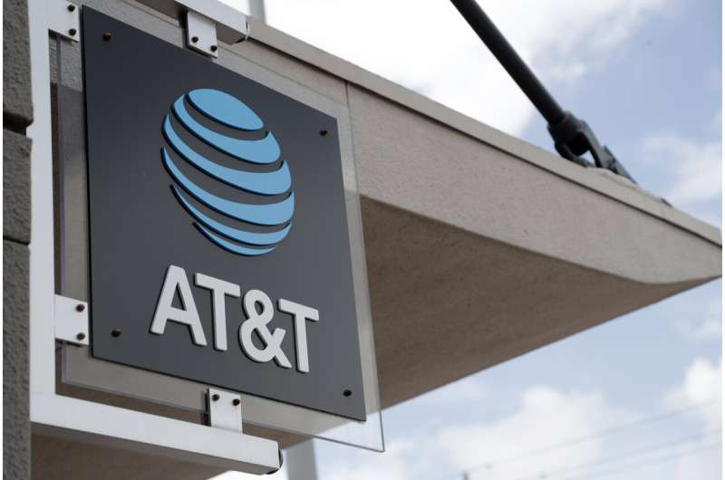 AT&T shares rise after Q1 results top analyst estimates