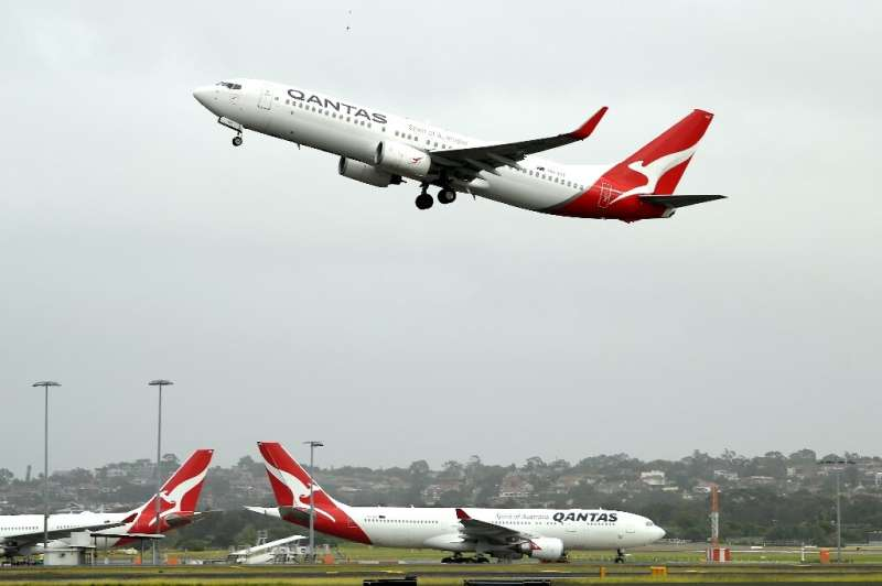 Australia's competition regulator said it would block a pricing, code-sharing and scheduling deal between Qantas and Japan Airli