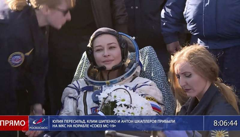 Back to gravity: Russians talk about world's 1st space movie
