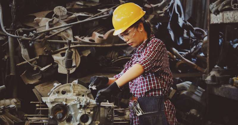 Blueprint highlights gender-parity push in manufacturing