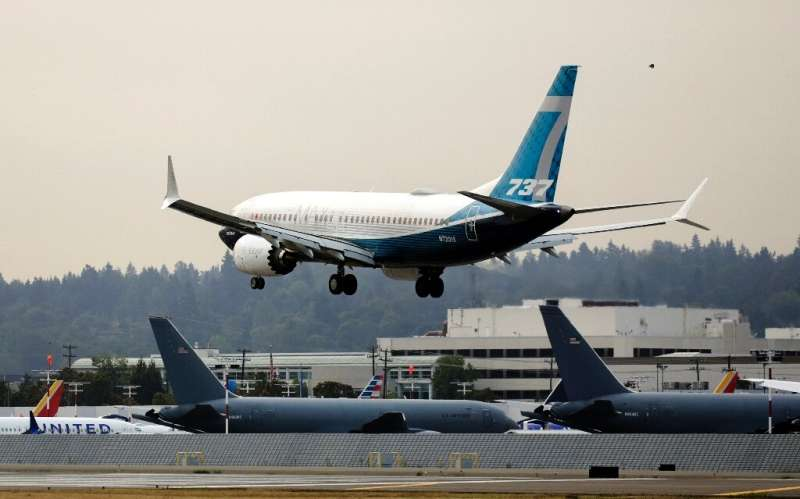 Boeing has won approval from US regulators for a fix to an electrical problem that has grounded more than 100 737 MAX planes glo