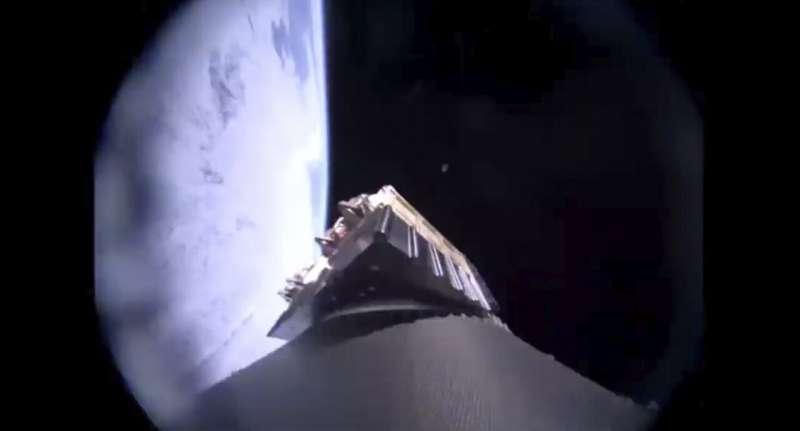 Branson's Virgin Orbit launches 7 satellites from 747 plane