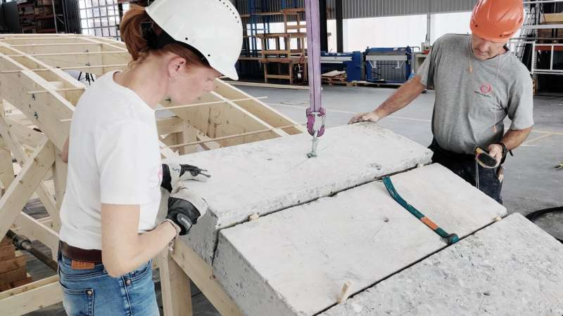 Building out of concrete, but without pouring concrete